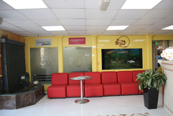 IMG_Customer Lounge 3